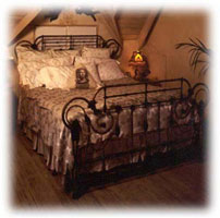 Angle Wings Antique Iron Bed