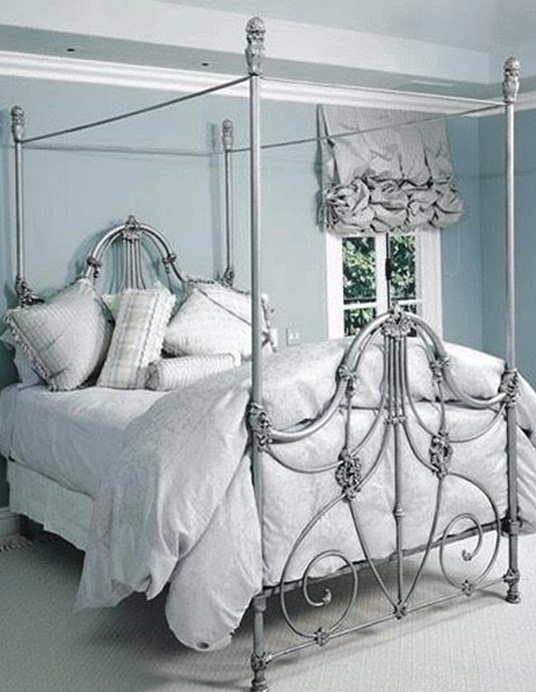 Antique Iron Beds | Victorian Vintage Bed Frames | Cathouse Beds
