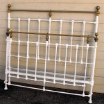 iron beds /Bowed Footboard