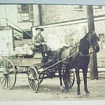 iron beds /horse_drawn_wagon