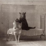 iron bed/bear