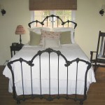 iron bed - simple elegant