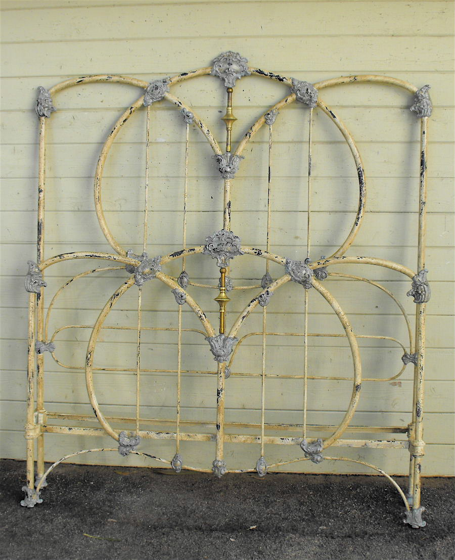 Antique Iron Bed Antique Iron Bed 10 Cathouse Beds