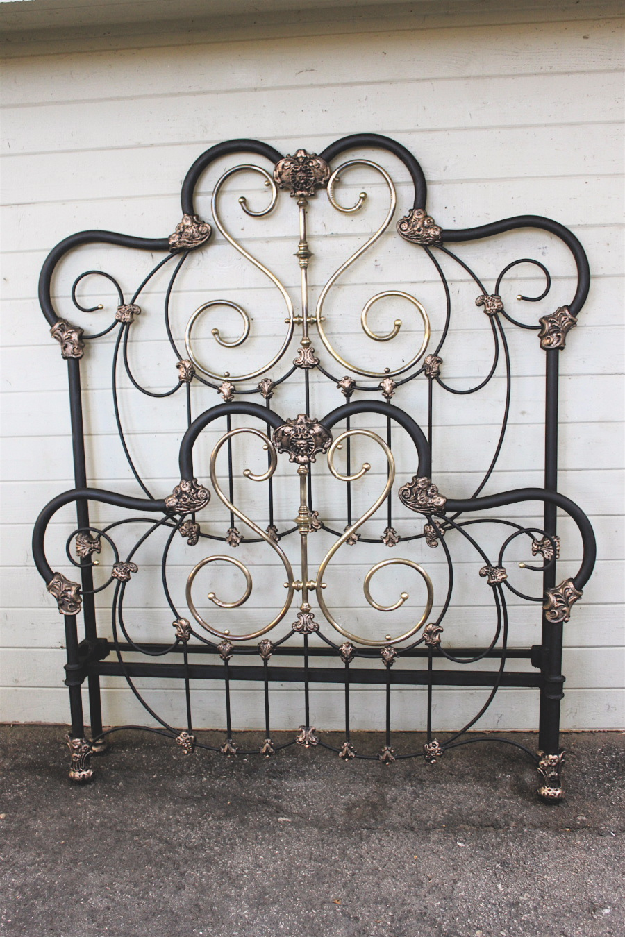 Antique Iron Bed 7 Cathouse Antique Iron Beds